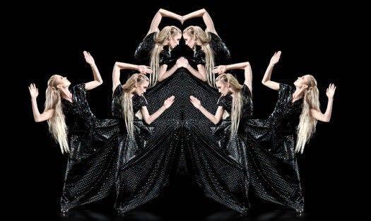 Hologram Fashion Show